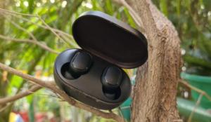 Redmi Earbuds S top bluetooth earphone under 1500 top earbuds under 1500