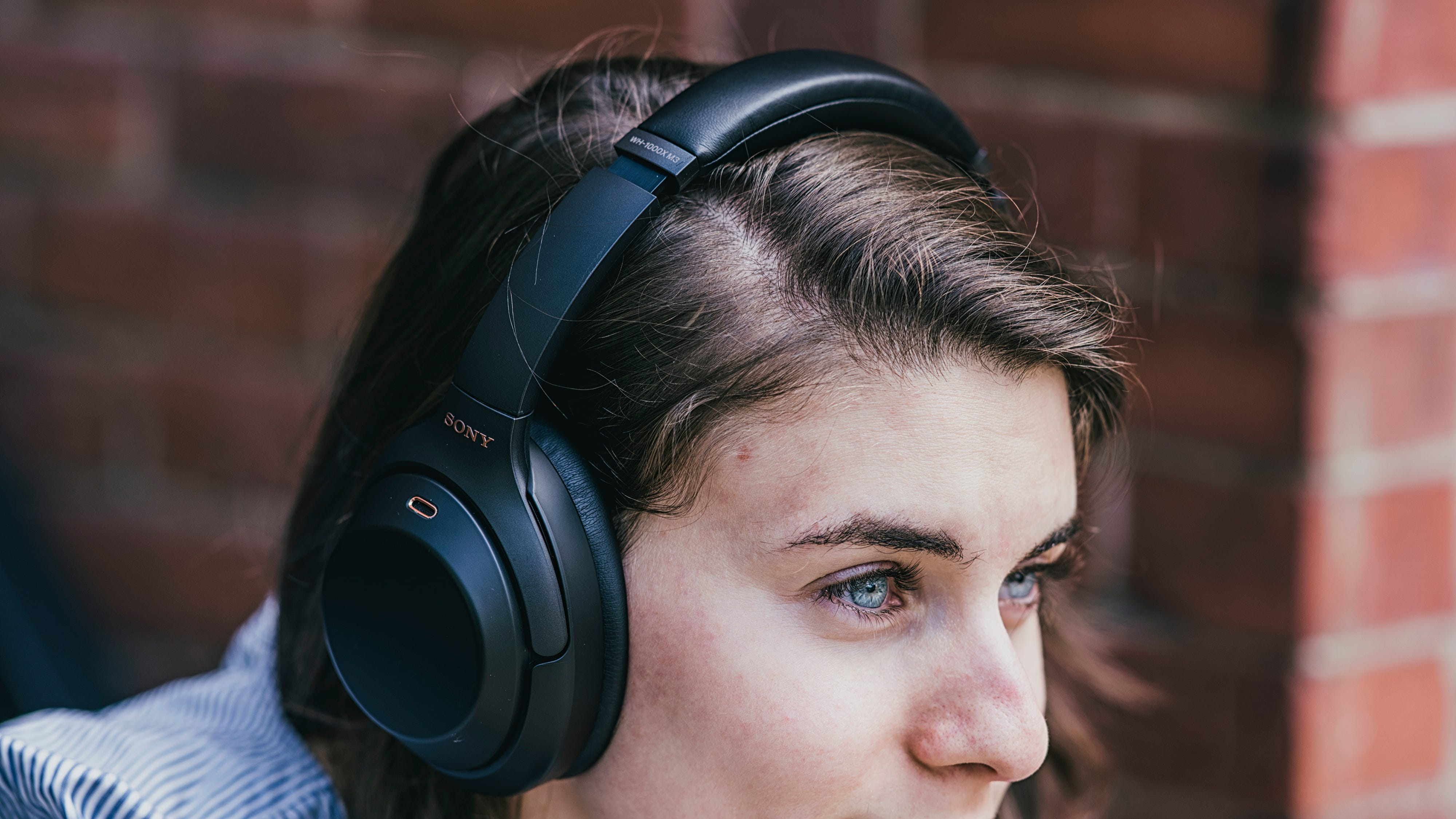 The 5 Best Noise-Cancelling Headphones available in India